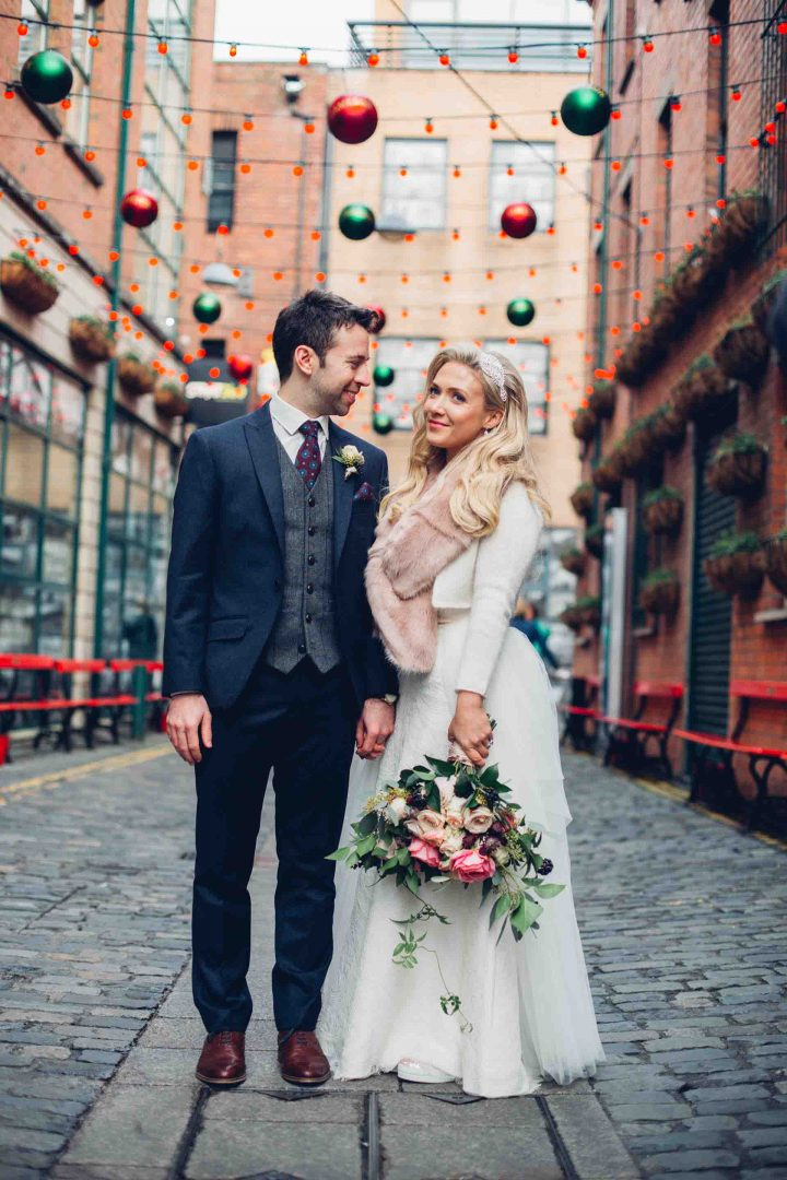 SARAH_GRAY_PHOTOGRAPHY_WEDDING_NORTHERN_IRELAND_BELFAST_SS_NOMADIC_HADSKIS-6